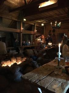 Päällikön sali, Viikinkikeskus, Rosala, historia, keskiaika, viikingit, majoitus, lounas