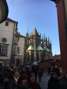 Prahan linna, joulutori, joulu, St.Vituksen katedraali, nähtävyys, turistirysä, turistit, Eurooppa, kaupunkiloma, lasten kanssa