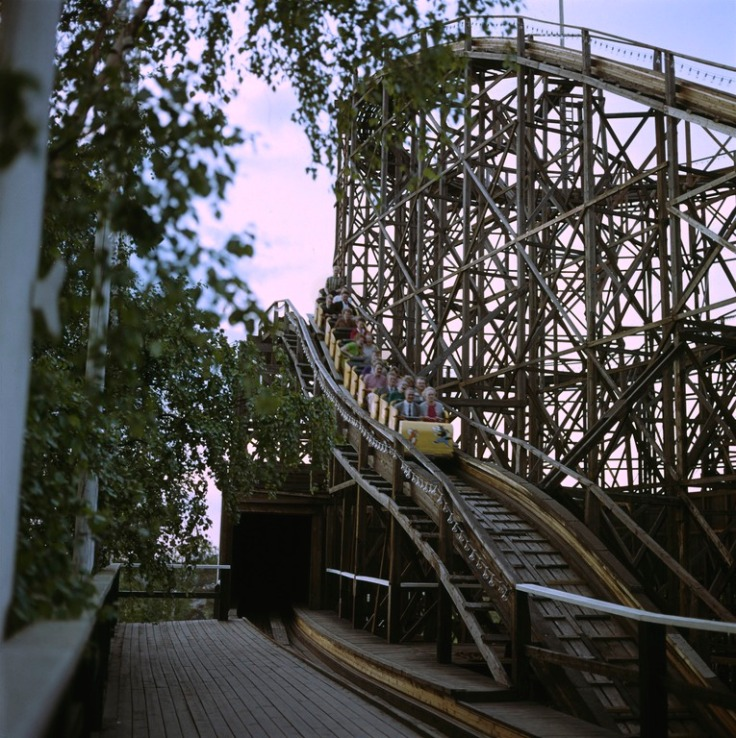 199253 . D322, Helsinki, Linnanmäki
