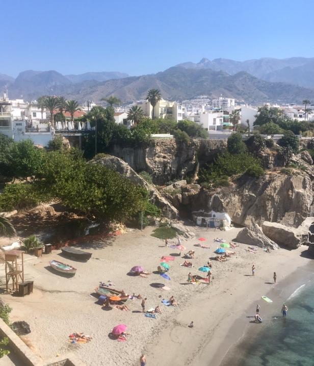 Nerja, aurinkorannikko, Costa del Sol, Espanja, rantaloma