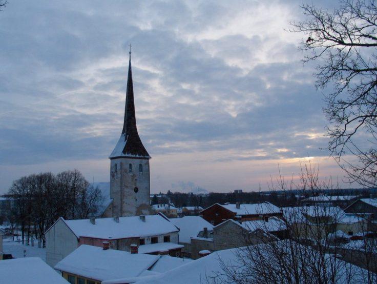 Rakvere, Pyhän kolminaisuuden kirkko, kirkontorni